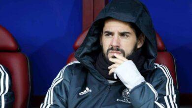 إيسكو لاعب وسط ريال مدريد يعاني على دكة البدلاء في عهد سولاري (صور: AS.com)