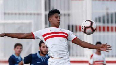 المهاجم المغربي حميد أحداد لاعب الزمالك يتعرض لعقوبة من مرتضى منصور بسبب وقوفه على الكرة امام جور ماهيا (صور: Zamalek Twitter)