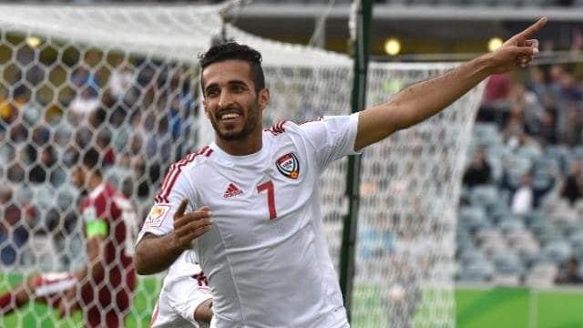 احتفال على احمد مبخوت مهاجم الامارات بتسجيل هدف فى شباك اليمن فى كأس الخليج العربي (صور:Google)