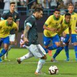 ليونيل ميسي في مباراة البرازيل والأرجنتين (صور: Getty)