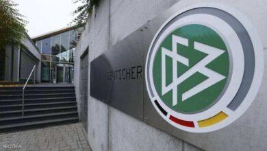 الألماني كوخ يتنازل لصديقه الفرنسي نويل لوجريه للترشح لمجلس الفيفا (صور: Google)