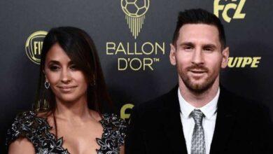 ميسي مع أنطونيلا في حفل الكرة الذهبية 2019 (صور: AFP)