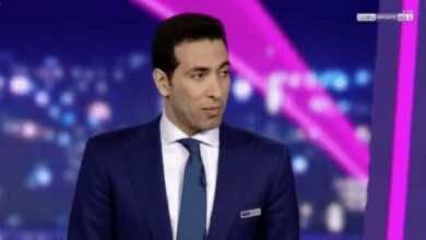 """صورة أبو تريكة: نظام الفار في الدوري الانجليزي """"مضروب بالنار""""!"""