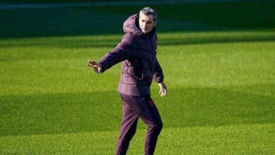 رغم كل التهديدات..إيرنيستو فالفيردي يقود تدريبات برشلونة