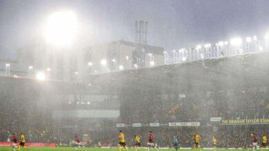 صورة الأمطار تؤجل مباراة في كأس الاتحاد الإنجليزي