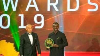 ماني يفشل في الاحتفال بجائزة أفضل لاعب أفريقي (صور: Getty)