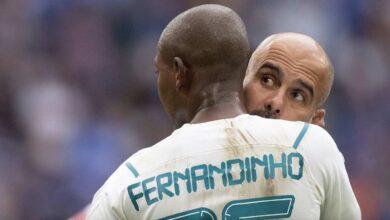 جوارديولا يعلق على شائعات رحيل فرناندينيو عن مانشستر سيتي