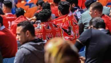 صورة إدارة الأهلي تتدخل لحماية مُشجع من بطش مرتضى منصور