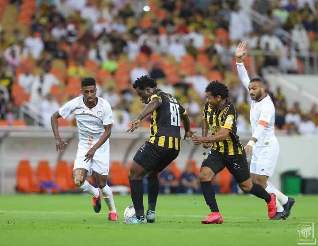 بوني - مباراة الاتحاد والشباب فى الدوري السعودي (صور:twitter)
