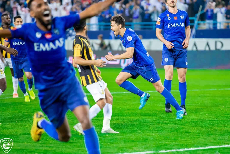 هدف فوز الهلال امام الاتحاد فى الدوري السعودي وفرحة عارمة للاعبي الفريق (صور:twitter)
