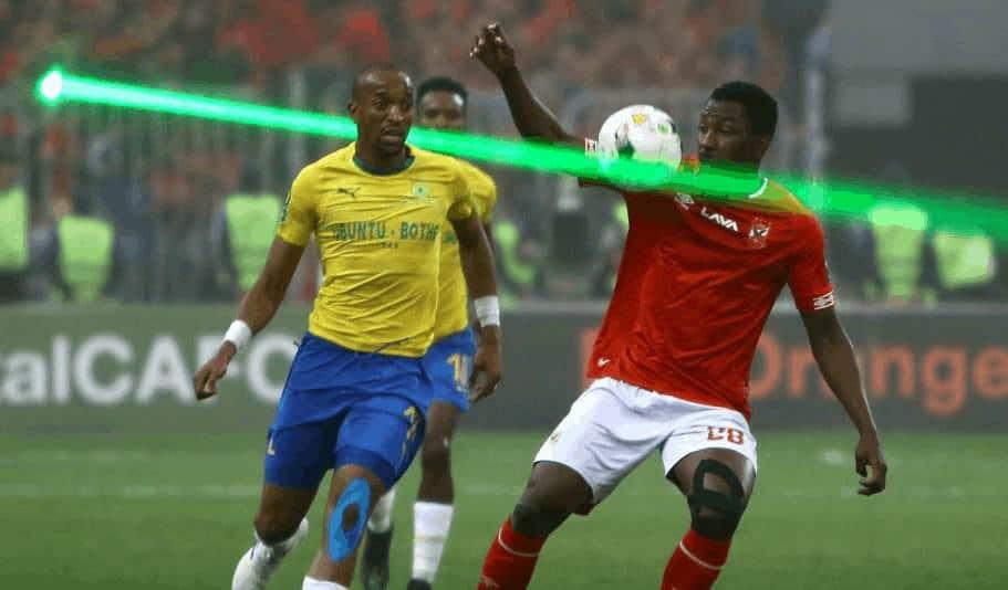 جونيور أجايي في مباراة الأهلي وصنداونز بدوري ابطال افريقيا 2019 (صور: Getty)