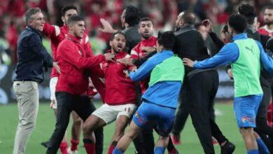شجار لاعبو الأهلي والزمالك بعد مباراة كأس السوبر المصري 2020 وتعرض وليد سليمان للاعتداء (صور: Getty)