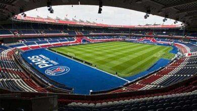 صورة الجهات الأمنية تتدخل لمنع حضور الجمهور في مباراة باريس ودورتموند بدوري الأبطال