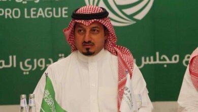 صورة رئيس الاتحاد السعودي لكرة القدم يُفسر سبب إيقاف النشاط الكروي