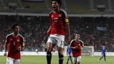 وزير الرياضة المصري وعمرو الجنايني يطمئنان علي النني بعد إصابته بكورونا