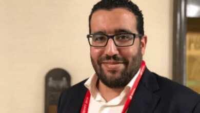 صورة الكاف يدعم تنظيم مصر لكأس العالم 2030، ويَدرس تأجيل أمم أفريقيا 2021