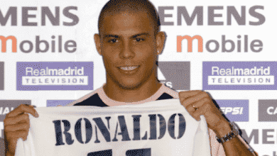 الظاهرة رونالدو بعد انضمامه لصفوف ريال مدريد عام 2002 وحصوله على الرقم 11