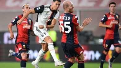 كريستيانو رونالدو يسدد كرة قوية فى شباك جنوي بالدوري الايطالي (صور:AFP)