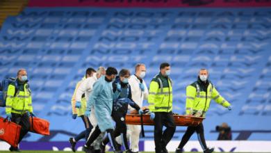 """صورة مدافع مانشستر سيتي """"جارسيا"""" يغادر المستشفى"""