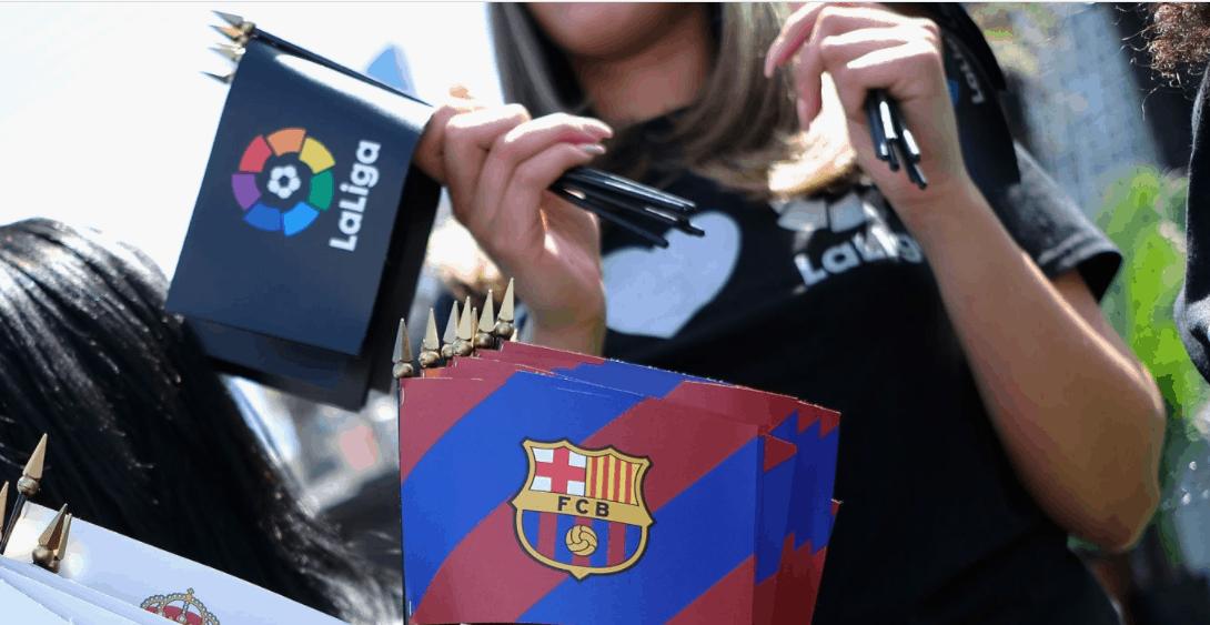 شعار الدوري الاسباني وشعار برشلونة