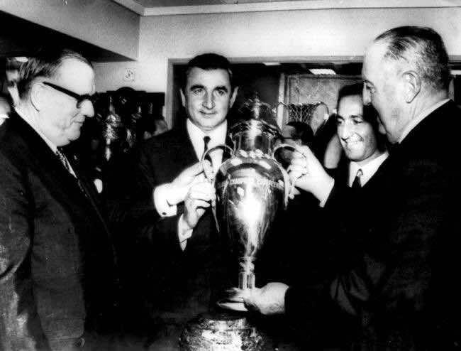 رئيس ريال مدريد الراحل سانتياجو برنابيو