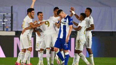 احتفال لاعبي ريال مدريد بالفوز على الافيس 2-0 فى الدوري الاسباني (صور:AFP)