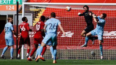 مباراة ليفربول وبيرنلي فى الدوري الانجليزي (صور:AFP)
