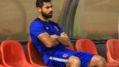 صورة مفاجأة.. الخطيب يرفض إرتداء أحمد فتحي شارة قيادة الأهلي
