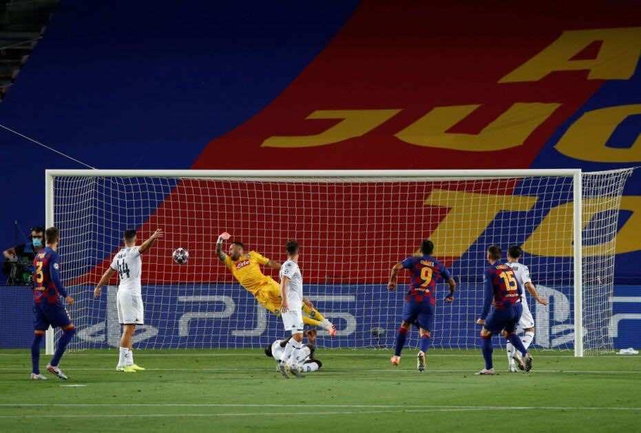 أهداف برشلونة ونابولي في دوري أبطال أوروبا (صور:AFP)