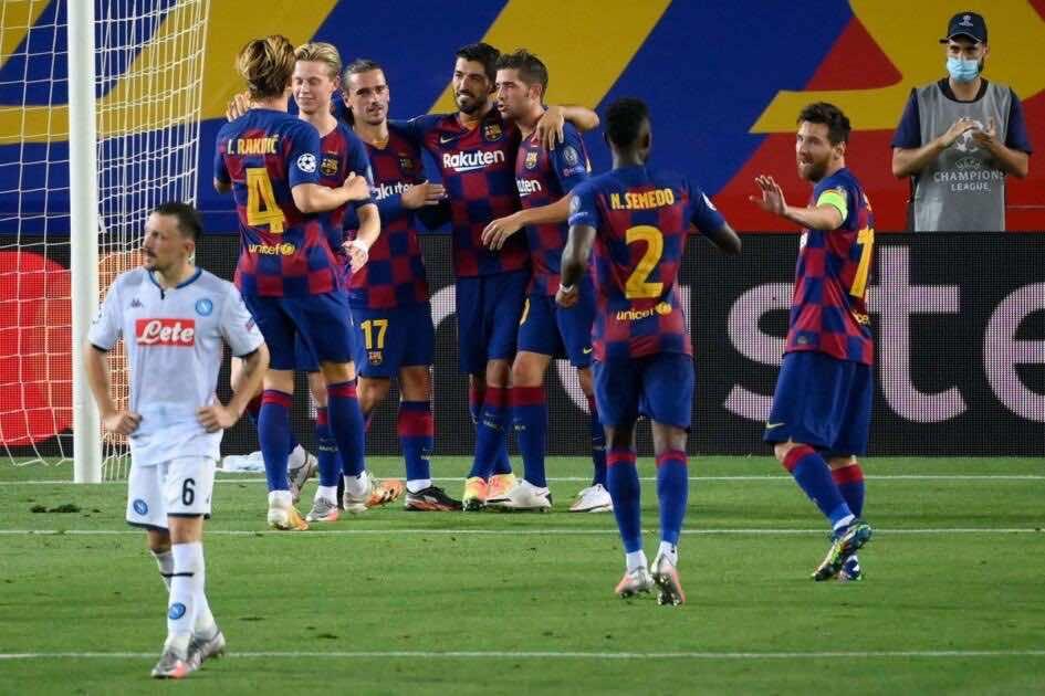برشلونة يقضي على اجتهاد نابولي بمهارات ميسي ويبلغ ربع نهائي دوري أبطال أوروبا (صور:AFP)