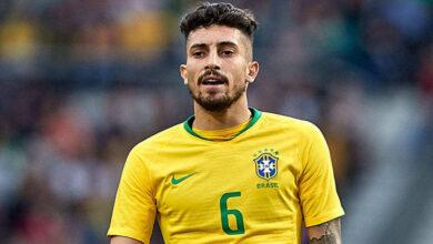 صورة لاعب برازيلي يعرض خدماته على برشلونة في الميركاتو الصيفي الحالي