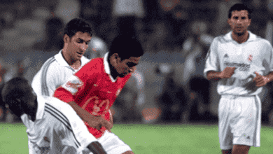عادل مصطفى وكلود ماكيليلي ولويس فيجو وراؤول جونزاليس في مباراة ريال مدريد والأهلي ، مباراة القرن