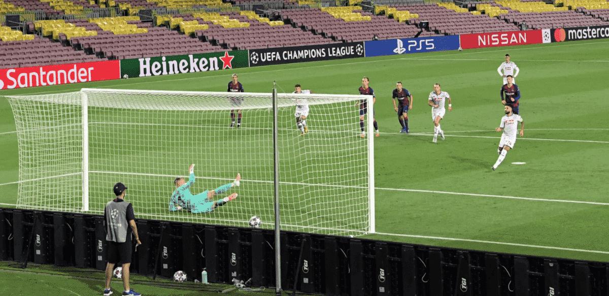 إينسيني يسجل في مباراة برشلونة ونابولي بدوري أبطال أوروبا