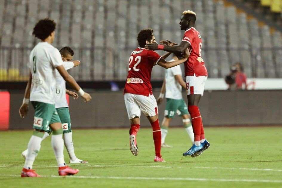 أحمد الشيخ يحتفل مع آليو بادجي