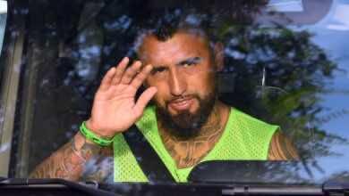 صورة سوق الانتقالات: فيدال يطير إلى ميلانو الليلة