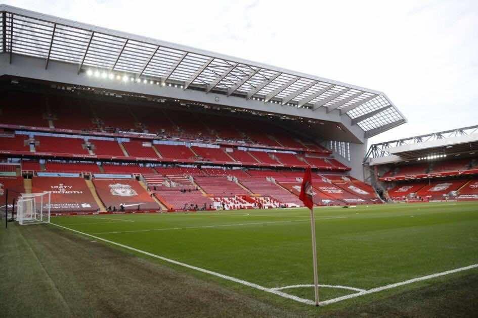 ملعب انفيلد روود قبل انطلاق مباراة ليفربول وليدز فى البرميرليج (صور:AFP)