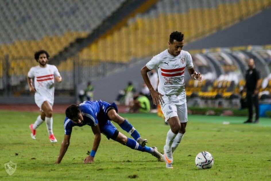 صور مباراة مباراة الزمالك وسموحة - إسلام جابر