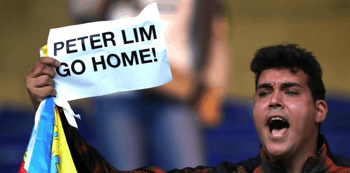 ثورة ضد رجل الاعمال السنغافوري بيتر ليم مالك نادي فالنسيا الاسباني - صور Getty