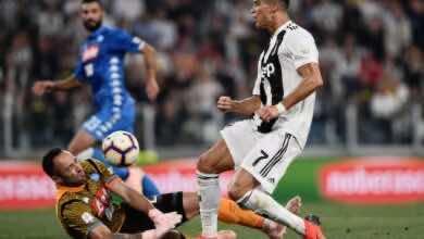 تكهنات بشأن تأجيل مباراة نابولي مع يوفنتوس بسبب كورونا