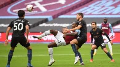 ضربة مزدوجة من لاعب وست هام انطونيو فى مانشستر سيتي بالبريميرليج (صور:AFP)