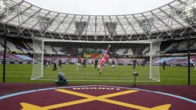 حالة إرتياب وذهول بين مشجعي كرة القدم في إنجلترا إزاء الخطط المتعلقة بالحضور الجماهيري
