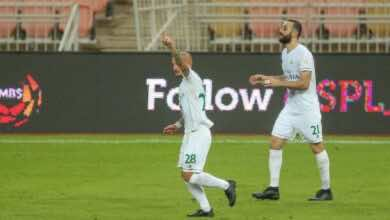 احتفال ميتريتا بتسجيل هدف تقدم الاهلي امام الوحده فى الدوري السعودي (صور:twitter)
