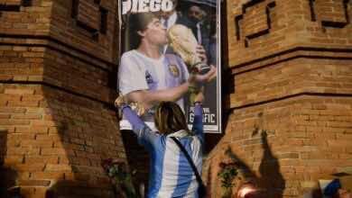 محامي مارادونا يطلب فتح تحقيق في وفاة النجم الأرجنتيني