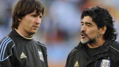 بعد خضوعه لعملية جراحية.. ميسي يدعم مارادونا في محنته الصحية