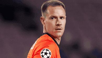 تير شتيجن يحصل على لقب أفضل لاعب في مباراة برشلونة ودينامو كييف الأوكراني في دوري أبطال أوروبا
