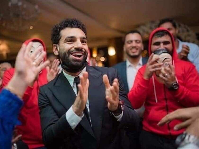 ميدو ينتقد صلاح لذهابه لحفل زفاف شقيقه - صور emaratalyoum