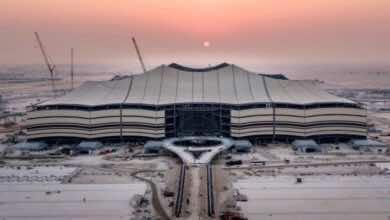 قطر تتباهى بملاعبها قبل عامين على انطلاق المونديال