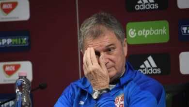 الاتحاد الصربي لكرة القدم ينهي عقد المدرب تومباكوفيتش