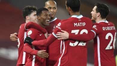 كلوب مدرب ليفربول الإنجليزي يأمل في تجديد عقد الهولندي فينالدوم
