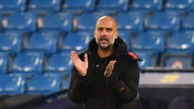 جوارديولا: سيتي يتوقع اختبارًا صعبًا أمام يونايتد الجريح